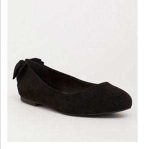 Torrid Black Almond Toe Bow Flat